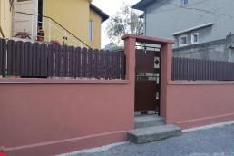 Еднолицева ограда серия Хай Мат, цвят 8019